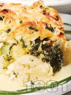 Вегетарианска запеканка от карфиол и броколи с яйца, прясно мляко, кашкавал и сирене - снимка на рецептата